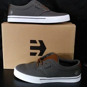 NIB! Etnies Jameson 2 ECO Skate Shoe Grey/Brown
